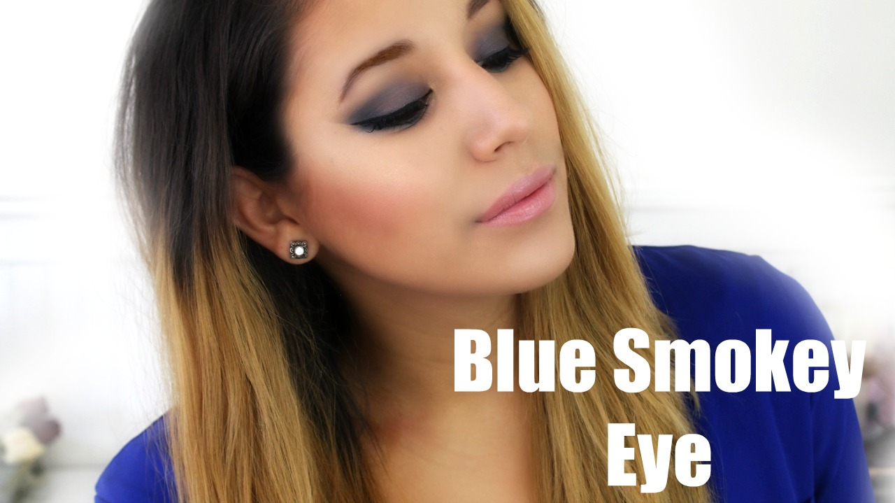 blue smokey eye thumb